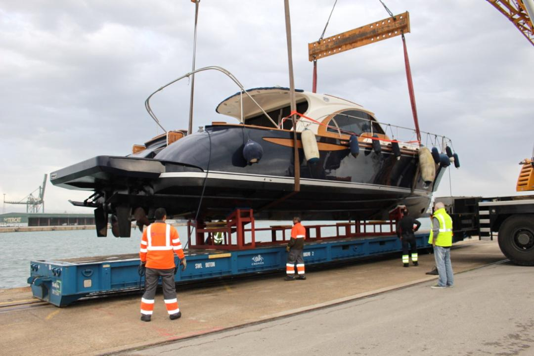Shipping a yacht from Spain to New Zealand, Video