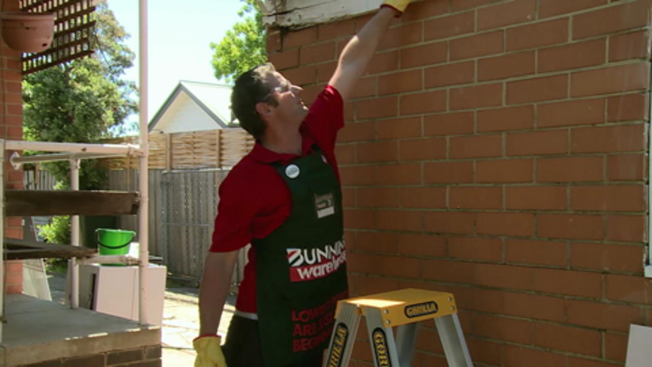 How to replace a fascia board | Bunnings Warehouse