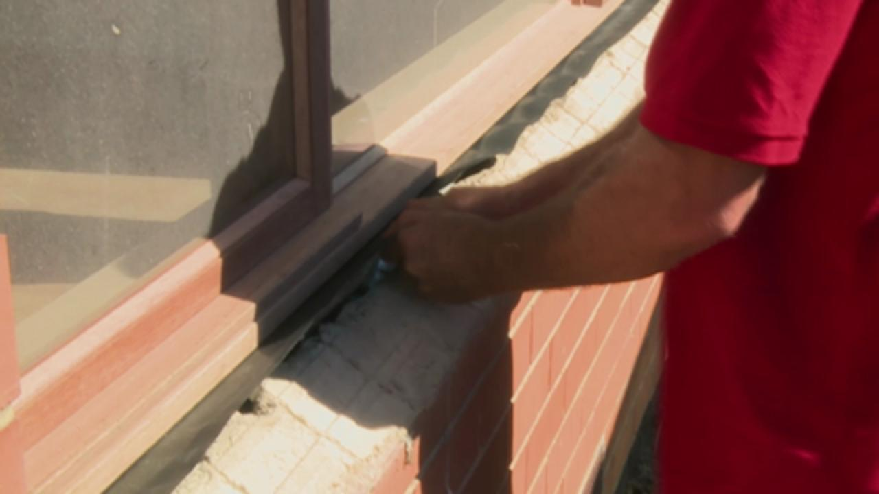 How To Install A Timber Awning Window Bunnings Warehouse