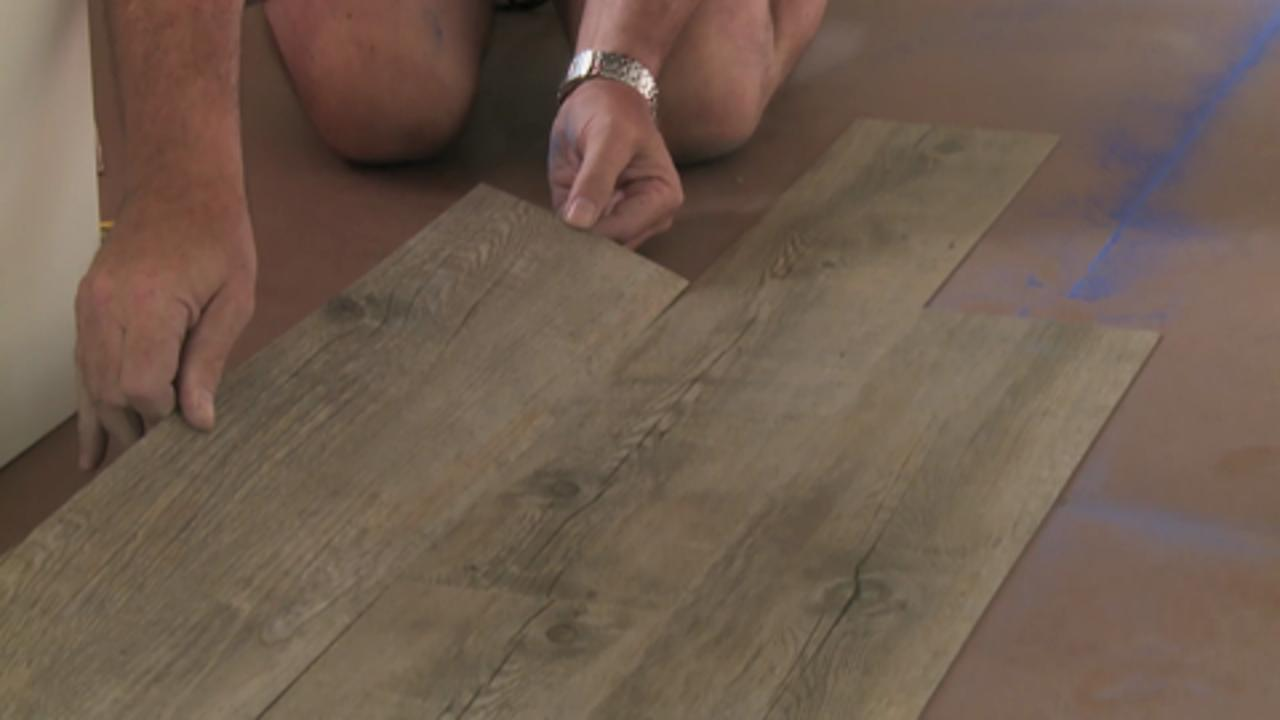 How to lay vinyl plank flooring video bunnings warehouse dailygadgetfo Image collections