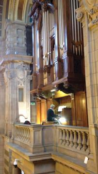 Kelvingrove organ tribute to David Bowie
