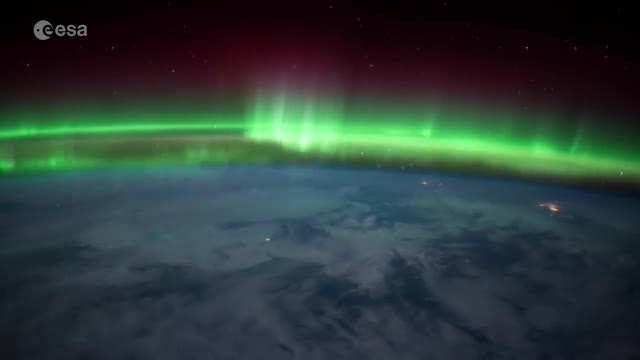 Video: Tim Peake timelapse of the Northern Lights from International Space Station