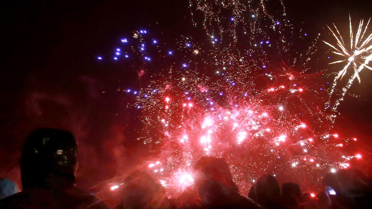 tamworth castle free fireworks display date and times birmingham
